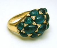 Friday's perfect thing: Emerald cabochon ring