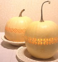 Crafty: Latice Pumpkins