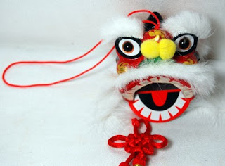 Finds: Chinese Lion Ornament