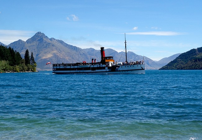 Exploring Queenstown Beaches and Gardens in New Zealand