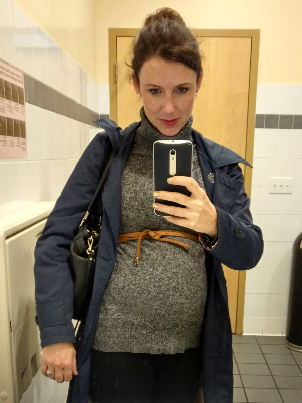 5 months pregnant outfit ideas