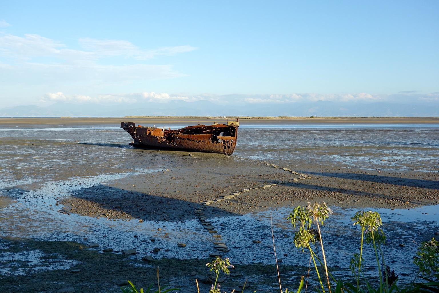 Shipwreck in Motueka, NZ