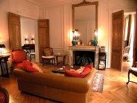 Urban Girl Tip: Paris apartments
