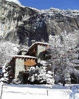 Snow in Yosemite Valley