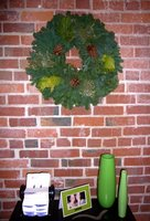 To Do: Decorate Your Office for the Holidays