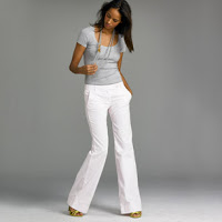 Must Have: White Trousers