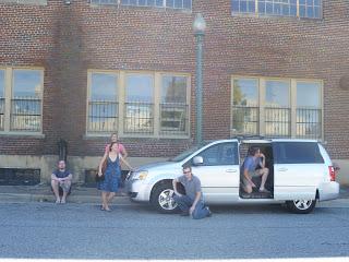 Memphis: Dodge Caravan