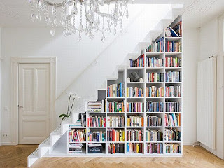 Inspired:Bookshelf Stairs