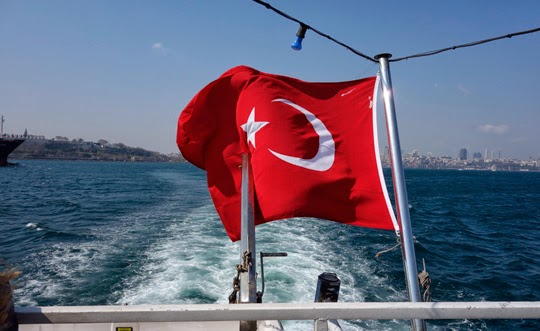 Crossing to the Asian Continent in Istanbul, and an Amazing Moment of Hope