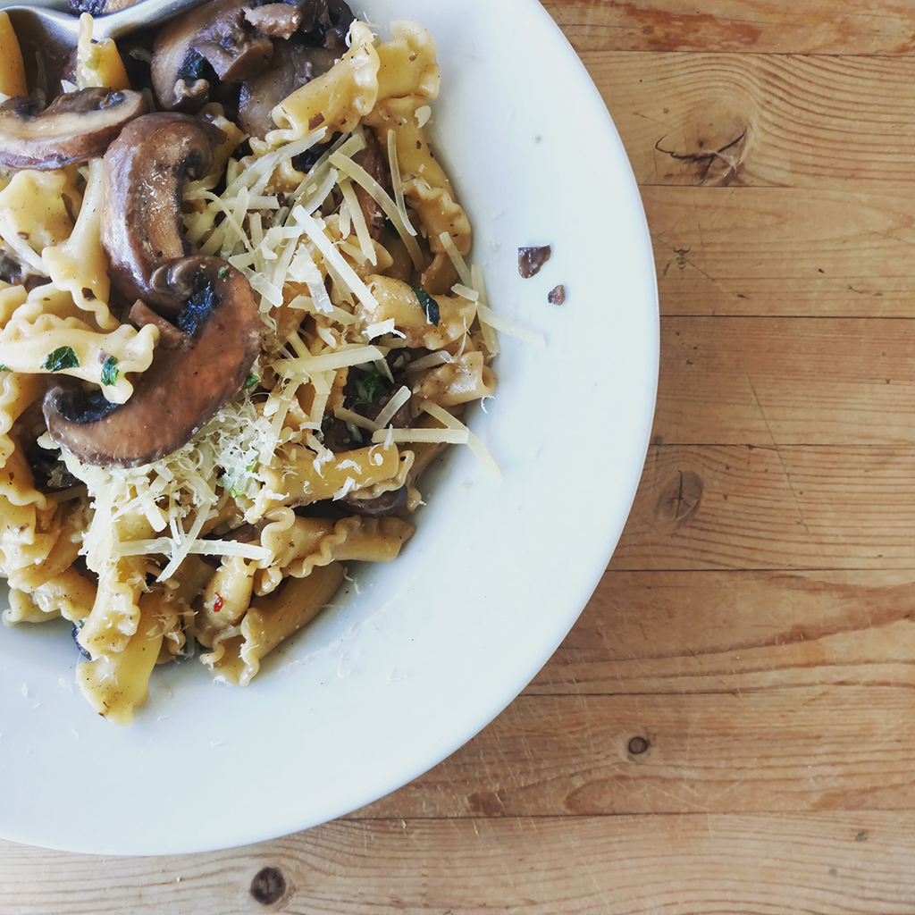 Campanelle with Mushrooms and Oregano