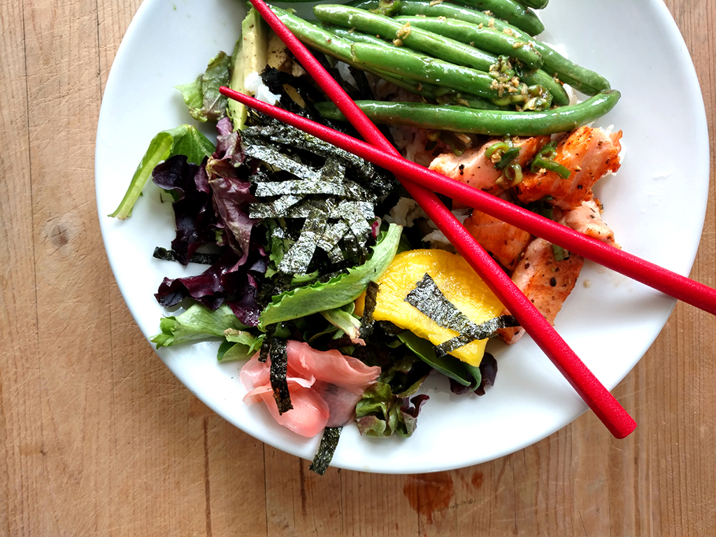 Health Japanese Rice Bowls with Salmon