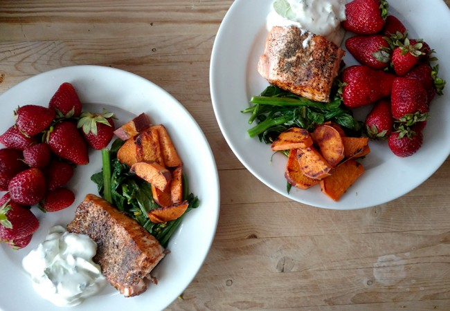 15-minute grilled salmon with fresh mint tzatziki